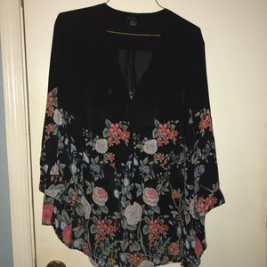 Beautiful floral 3X blouse - WILLI SMITH